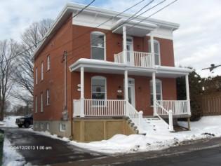 Renovation maison plan agrandissement plan ajout garage for Ajout garage maison